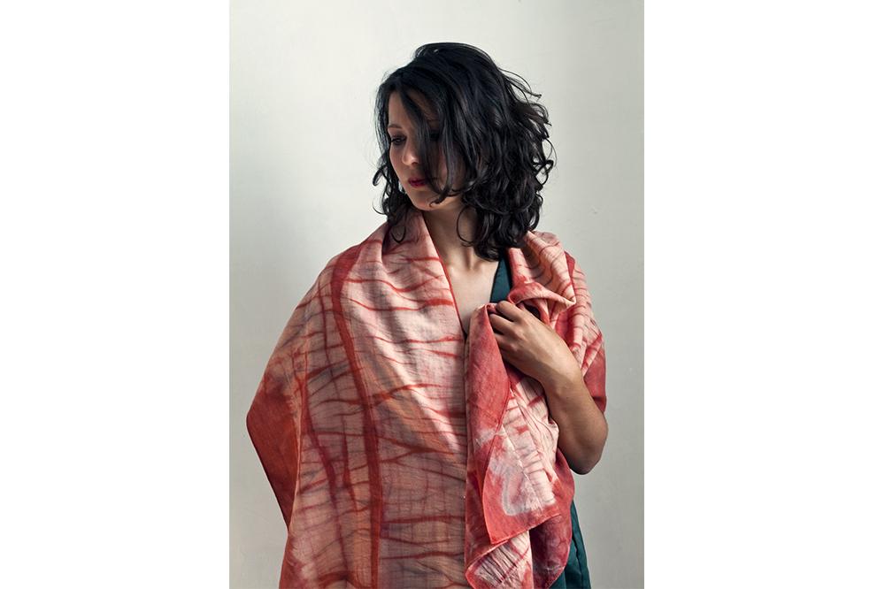 Foulard en laine mérinos, garance et bois de campêche - 50  x 190 cm