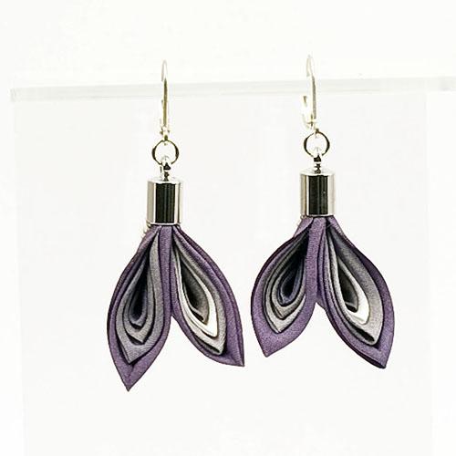 boucles-oreilles-plumes-violet